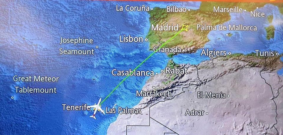 """Проектът по програма Еразъм + № 2020-1-BG01-KA101-078263 на ПГСС """"Царица Йоанна""""- ,,По пътя към успеха"""" стартира с обучение в Испания , Тенерифе."""